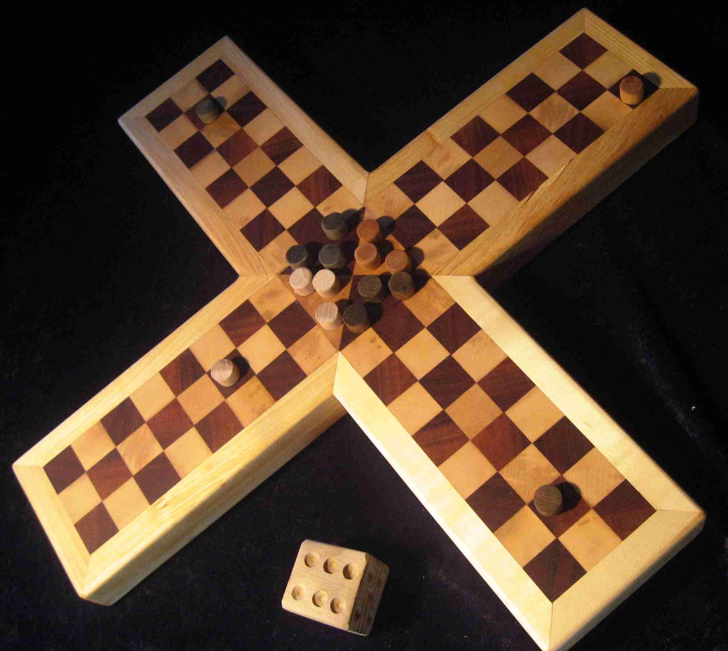 Pachisi Spiel